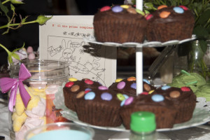 party for child at Eridu bed and breakfast in tuscany near florence birthday cake