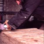 restauro di un baule in legno massello